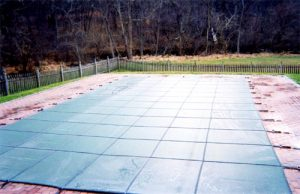 Wilmington & Newark pool safety covers